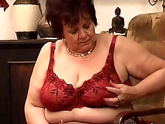 pussy old granny her plump fucks