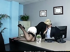 Office slut gets a good be thrilled by to release stress 12