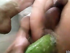 Vietnamese Bottom Plays With Vegetables
