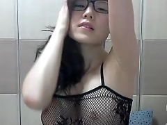 Asian girl massive squirter DP  2015-01-27