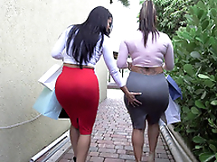 Two big ass bitches Spicy J together with Diamond Kitty got near from shopping