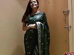 Pretty Girl Jasmine in Sari undresses to show us