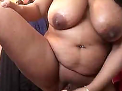 Pakistani big boobs milf musterbet with unselfish dildo