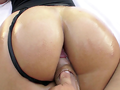 Outdoor glaze of Kelsi Monroe enjoying XXX gadget in pussy from behind