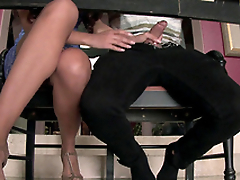 Mercedes Carrera is going to check XXX skills of stepdaughter's man