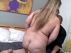 Horny guy picks up hot fat chick