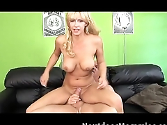 Phyllisha Anne gets fucked on the couch